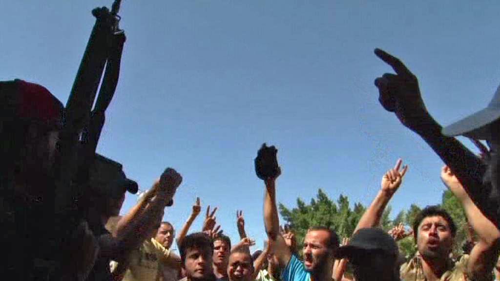 Libyjští povstalci ovládli Zavíju