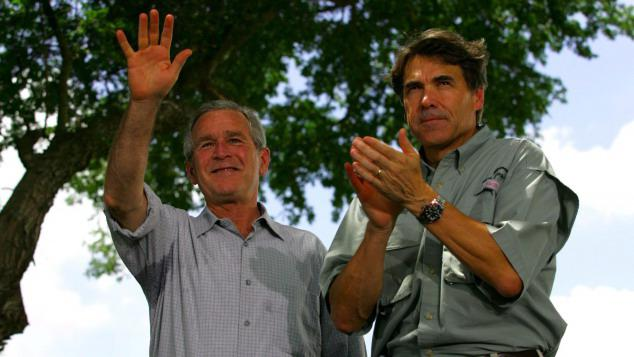 George Bush a Rick Perry