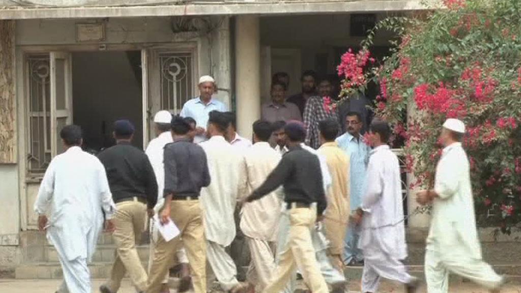 Muži obvinění v kauze Sarfaraze Šáha míří k soudu