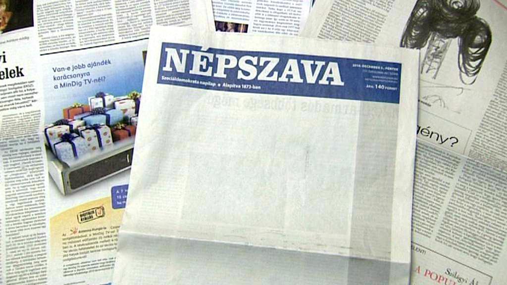 Maďarský Népszava s protestní prázdnou titulní stranou