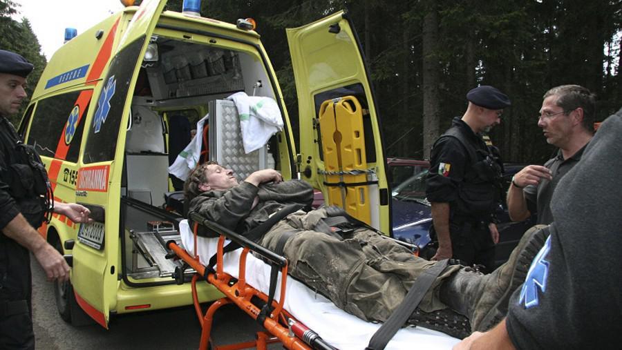 Transport zraněného dřevorubce