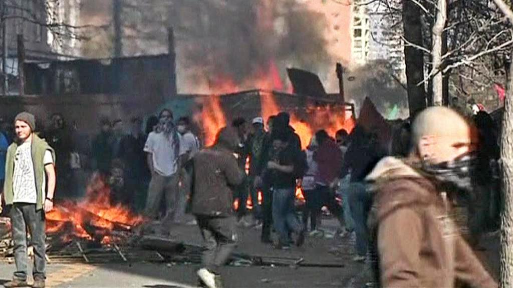 Studentské protesty v Chile přerostly v násilnosti