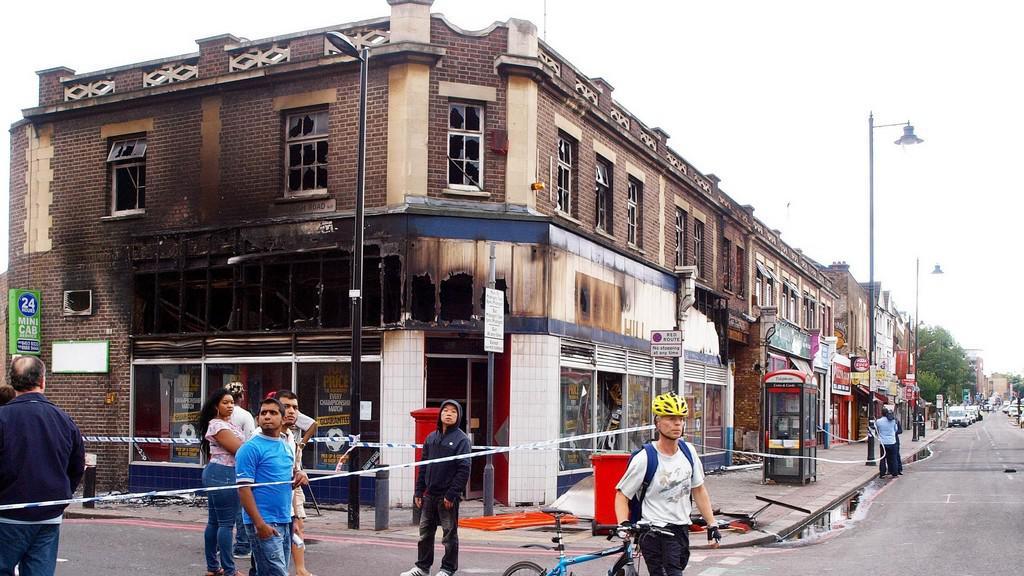 Následky nepokojů v Londýně