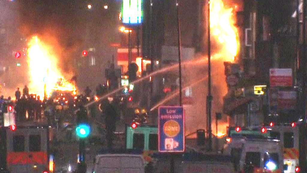 Násilí v ulicích Tottenhamu