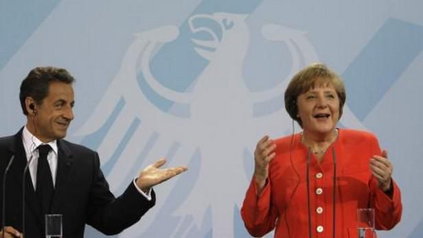 Francouzský prezident Nicolas Sarkozy a německá kancléřka Angela Merkelová