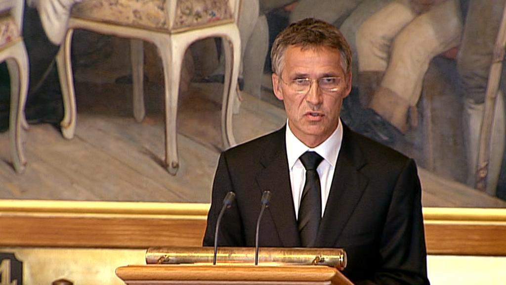 Jens Stoltenberg při projevu v norském parlamentu