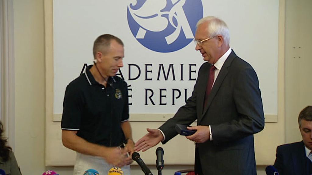 Americký astronaut Andrew Feustel a Jiří Drahoš, předseda AV ČR