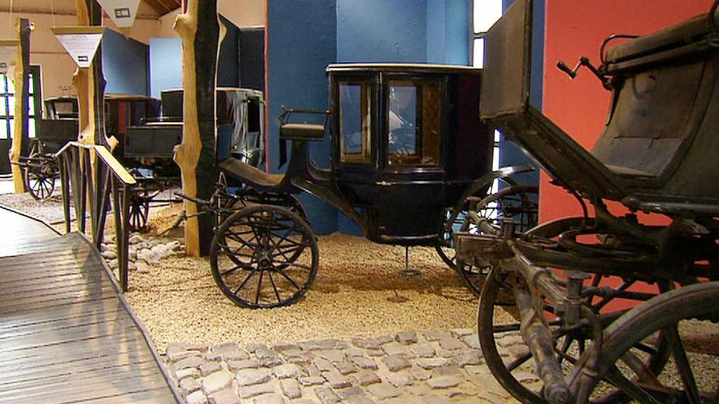 Výstava kočárů na zámku Ctěnice