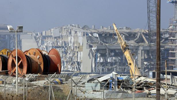 Výbuch munice na námořní základně na Kypru poškodil elektrárnu