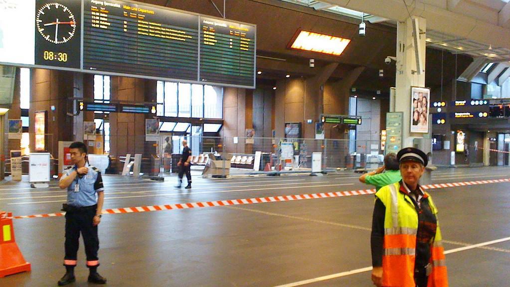 Evakuované hlavní nádraží v Oslu