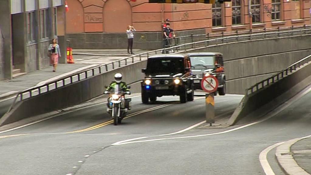 Převoz Breivika k městskému soudu v Oslu