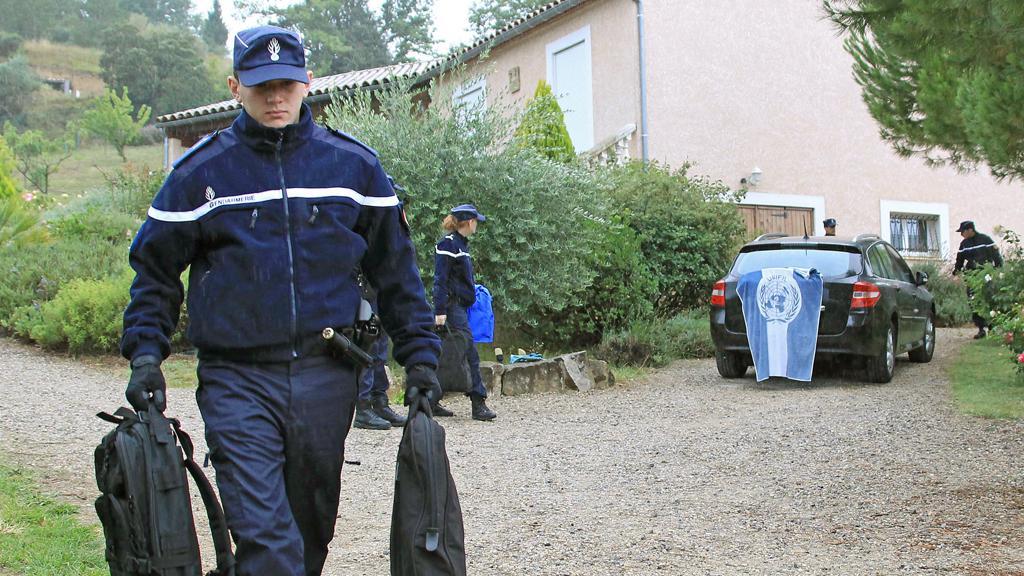 Zásah francouzské policie v domě Breivikova otce