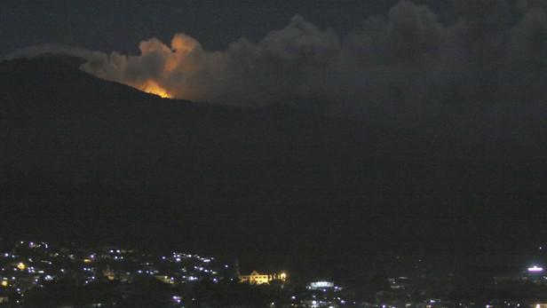 Indonéská sopka Lokon