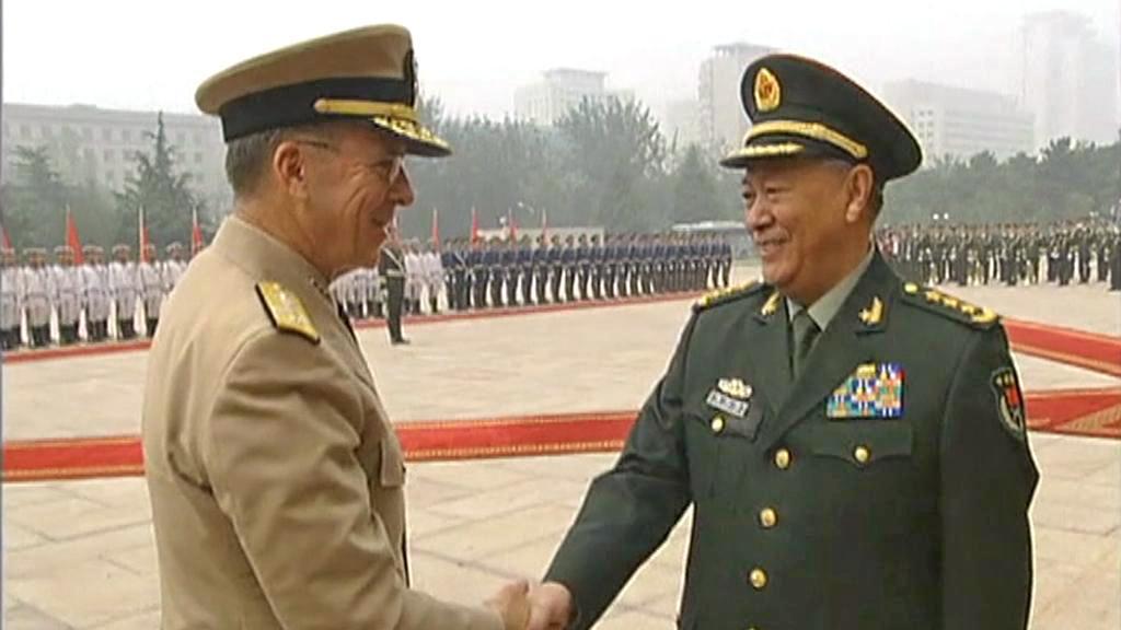 Mike Mullen na návštěvě Číny