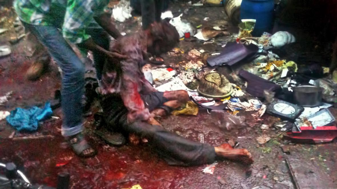 Oběť teroristického útoku v Bombaji