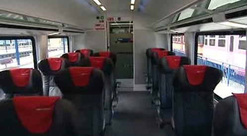 Interiér rychlíku Railjet