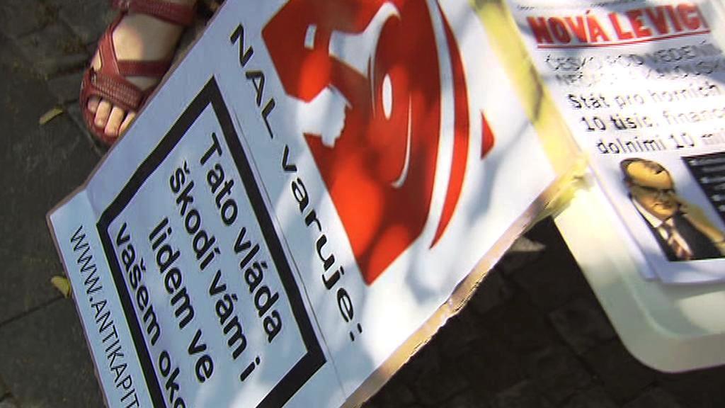 Odbory protestují proti zdravotnické reformě