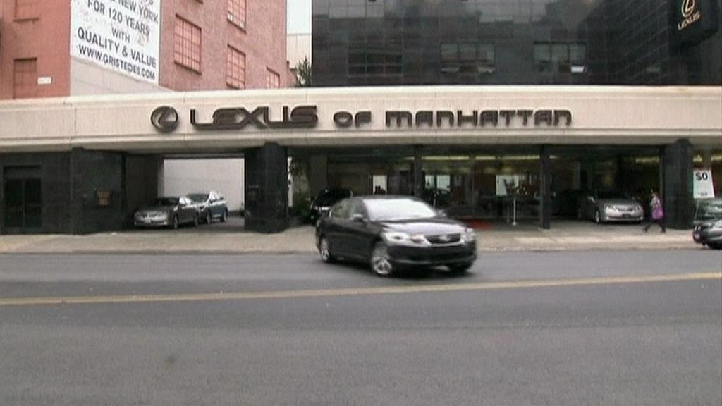 Prodejna automobilů Lexus