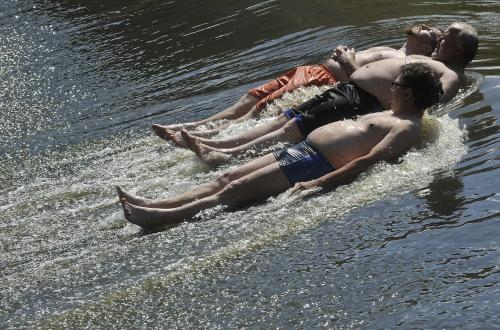 Koupání v řekách