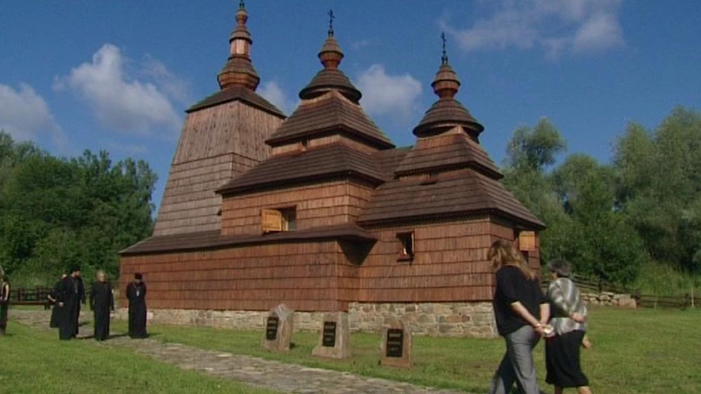 Dřevěný kostelík v Habuře