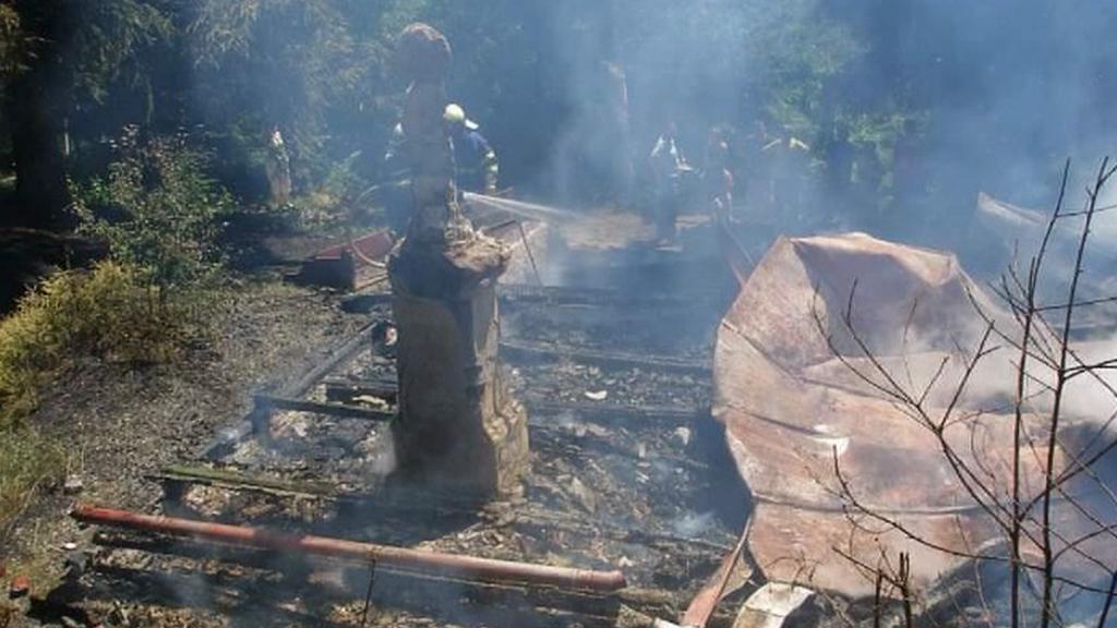 Zbytky kapličky po požáru