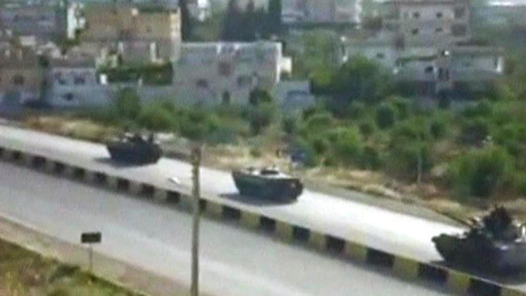 Syrská armáda v ulicích