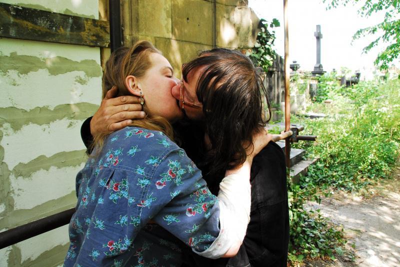 Láska v hrobě