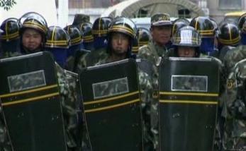 Potlačování nepokojů mezi Chany a Ujgury