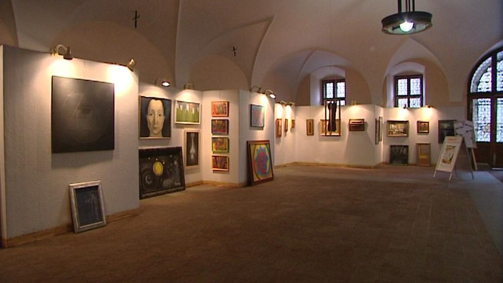Expozice obrazů v plzeňském mázhausu