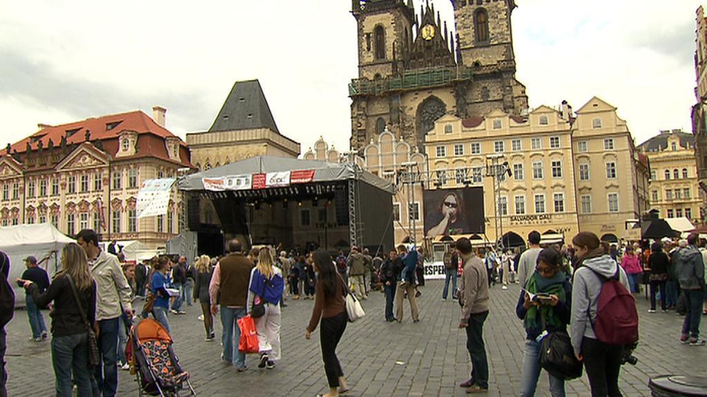 Oslavy Prahy na Staroměstském náměstí