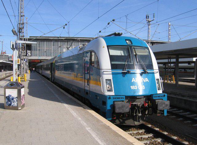 Vlak ALX 457 z Mnichova do Prahy