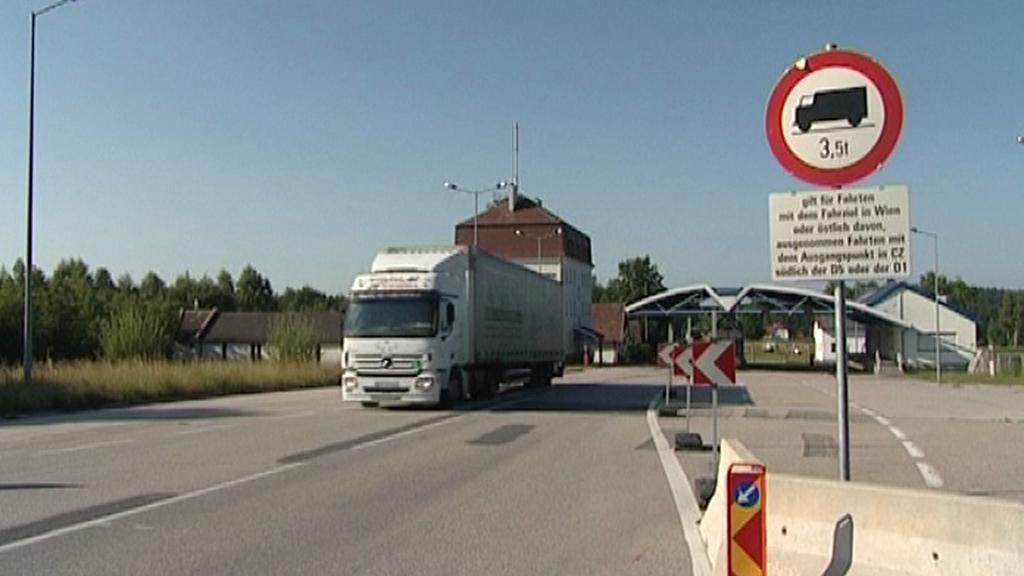 Kamion na hranicích
