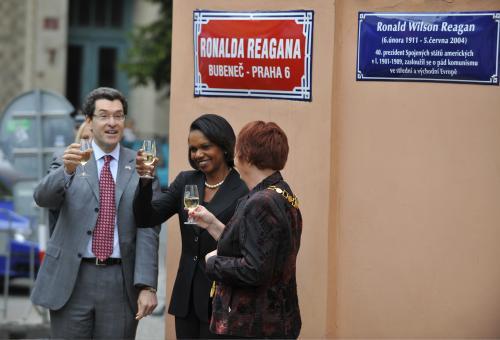 Slavnostní odhalení ulice R. Reagana v Praze