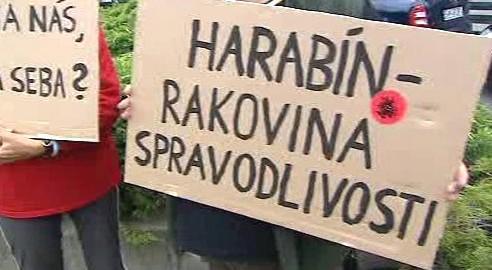 Protest proti zvolení Štefana Harabina do čela slovenského nejvyššího soudu