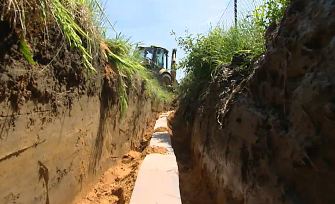 Stavba kanalizace ve Ždáru