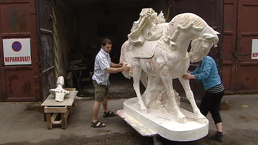 Kopie sochy Marie Terezie