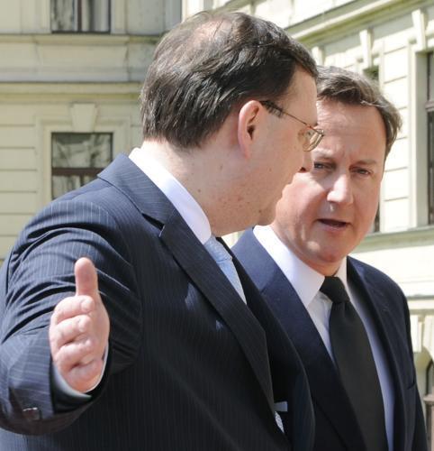Nečas a Cameron