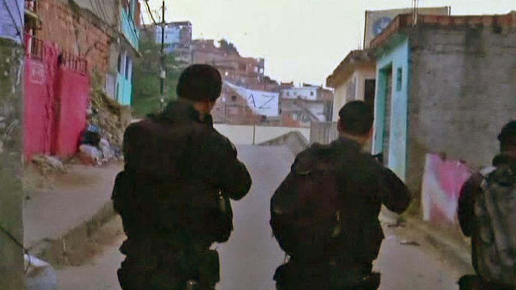 Zásah brazilské policie ve slumu Mangueira