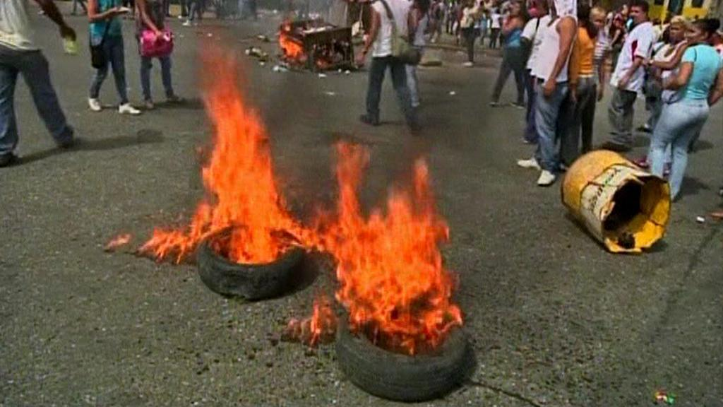 Zmatek před venezuelskou věznicí