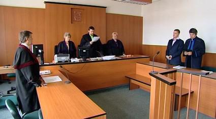 Soudní řízení