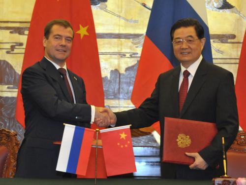 Dmitrij Medveděv na návštěvě Číny