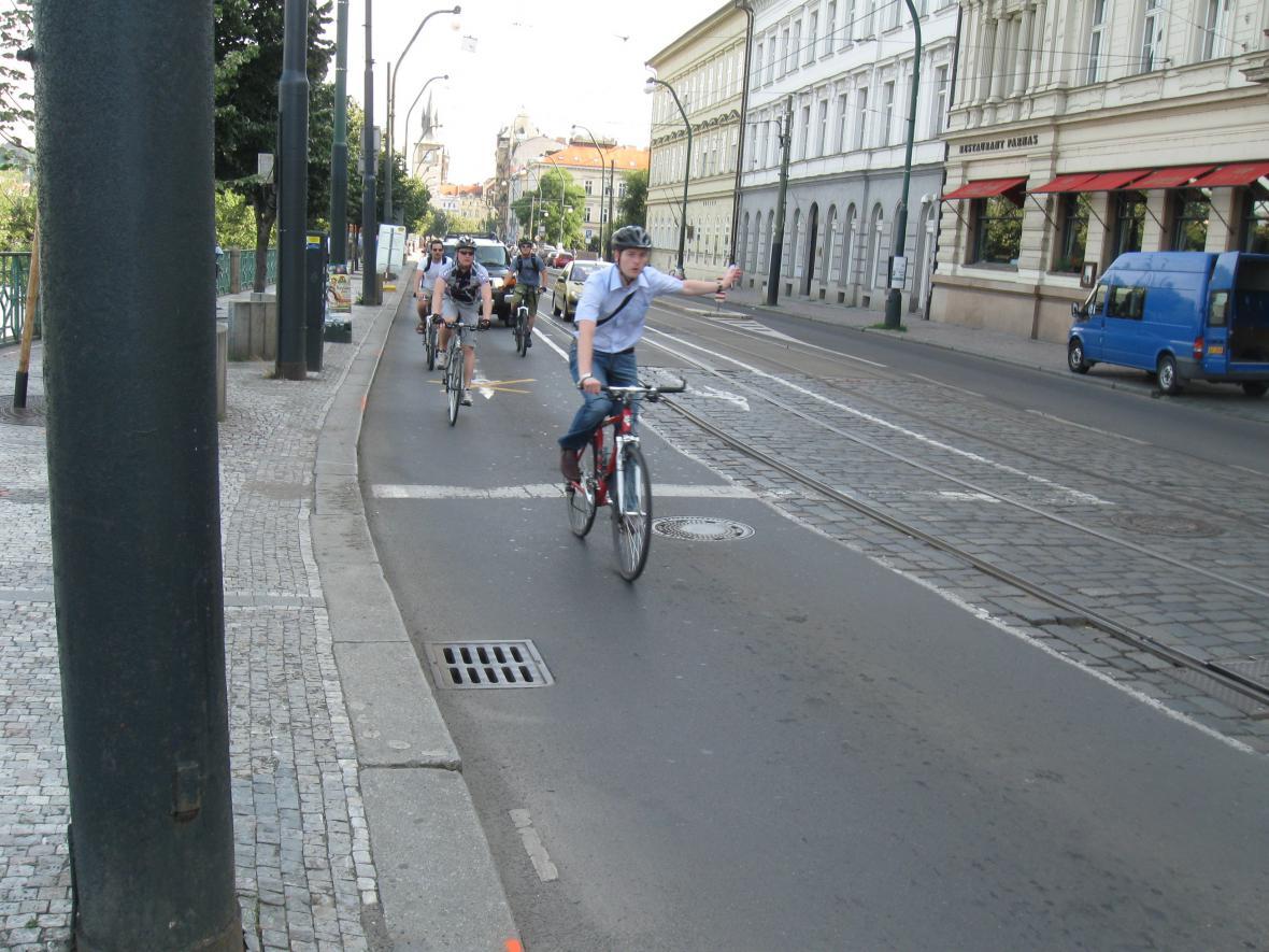 Pražské silnice obsadili cyklisté