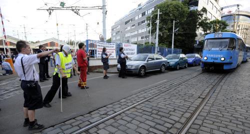 Stávkující zaměstnanci pražského DPP