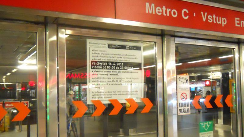 Vstup do metra C Muzeum