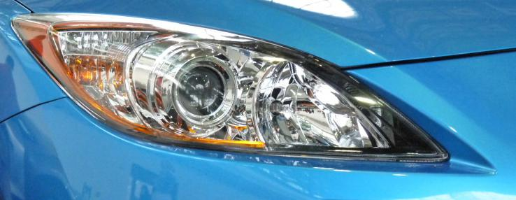 Světlomet vozu Mazda 3