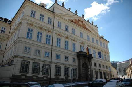 Sídlo německé ambasády v Lobkovickém paláci