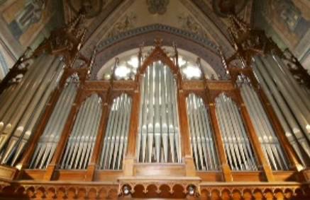Varhany v kostele sv. Ludmily v Praze 2