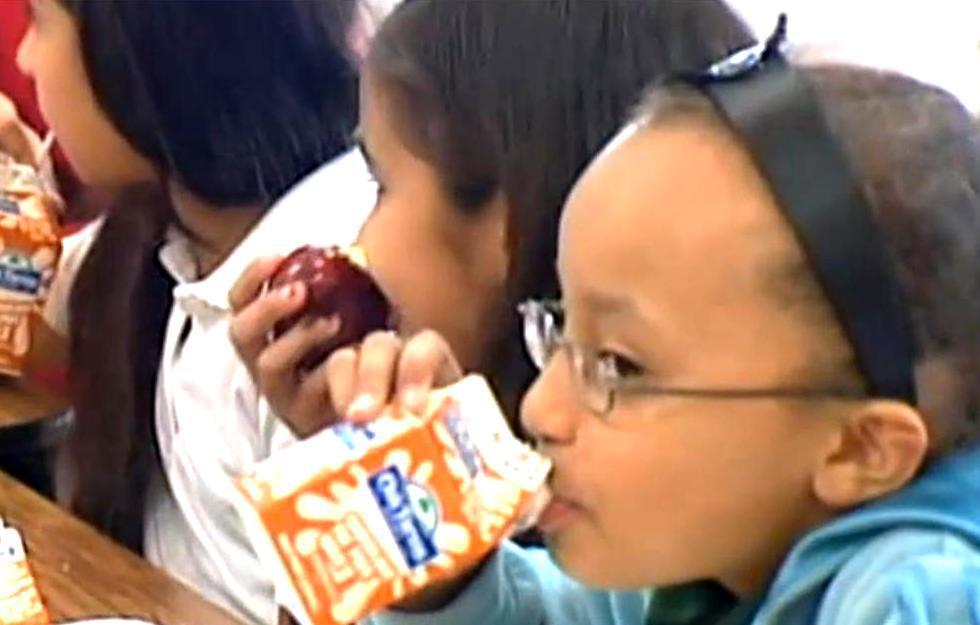 Děti při jídle