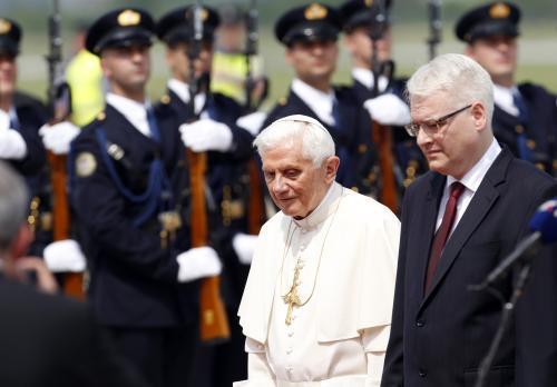 Papež Benedikt XVI. a chorvatský prezident Ivo Josipović