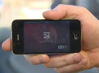 Živé vysílání ČT24 na mobilu